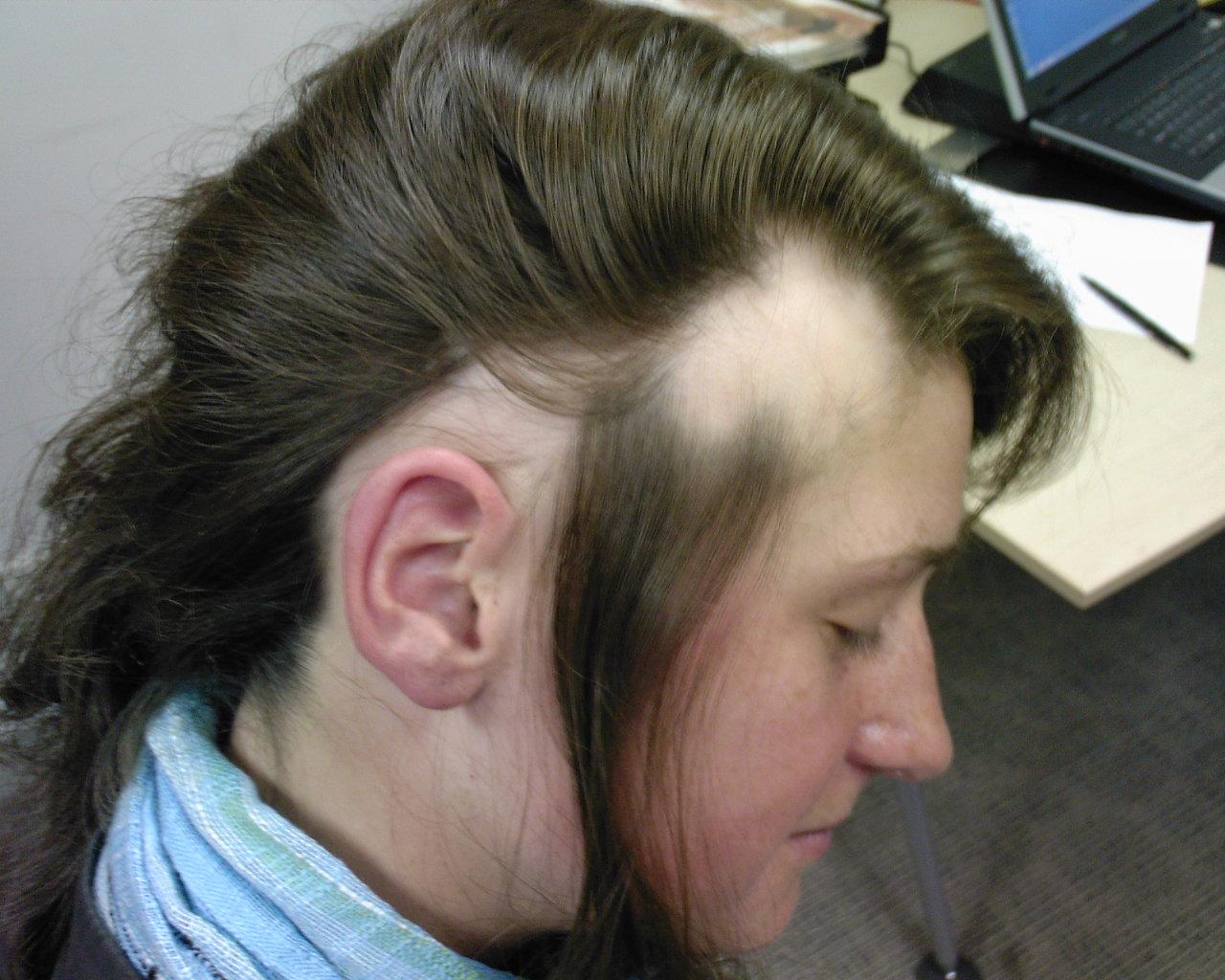 Aveda el aceite para los cabellos